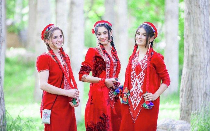 Гребни красоты. Таджикские расчески. | OUTLOOK