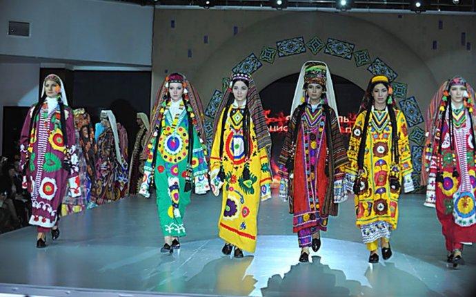 Модные краски Узбекистана. - Заграничные штучки. Заметки на полях