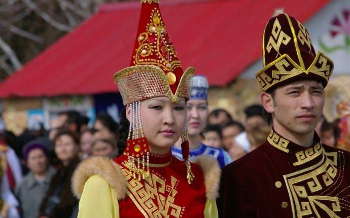 Национальный костюм - Казахстан Live