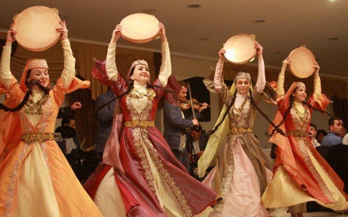 Вслух.ru: Тюменский этнограф выпустила книгу о празднично