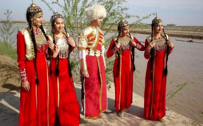Жен�кая На�ионал�ная Одежда Т��кмени��ана На�ионал�ная
